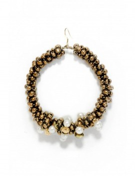 GOLD OVERGROWN BY PEARLS Selepceny