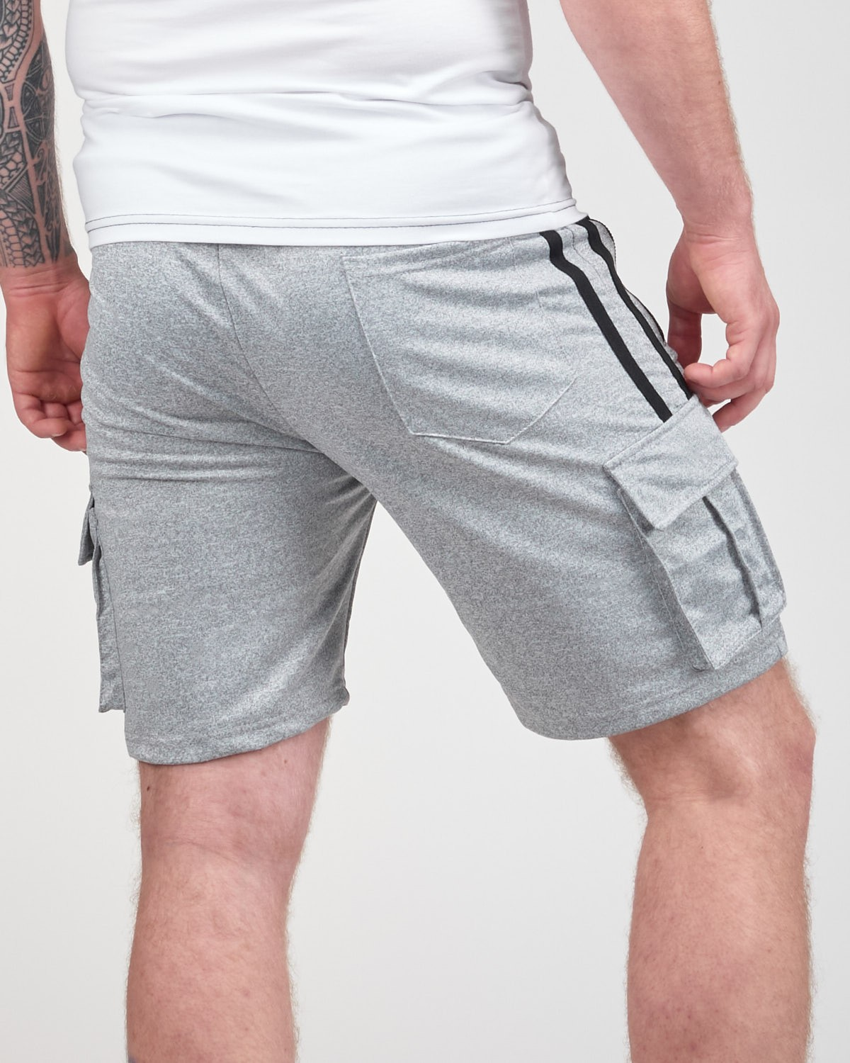 SPORT IS YOUR GANG Shorts Silver