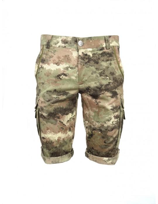 Krátke maskáčové nohavice DR